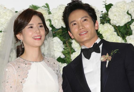 Lee Bo Young Ji Sung