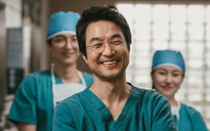 Dr. Romantic 2 Han Suk Kyu (Kim Hoca)