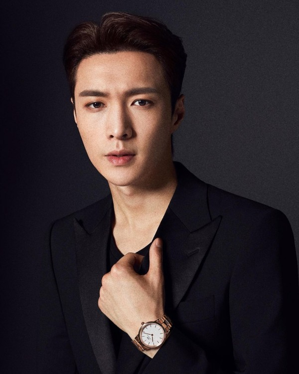 EXO Lay, Saygın Bir Mentor, Sunucu ve Jüri Üyesidir