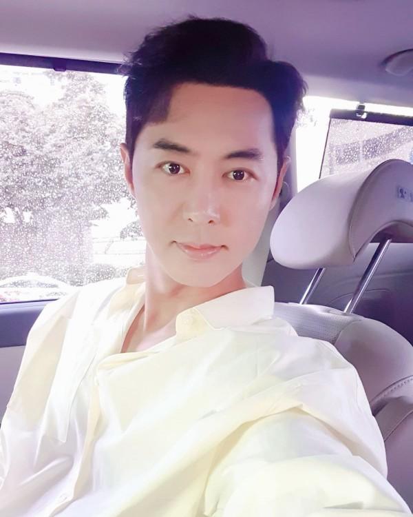Shinhwa Jun Jin